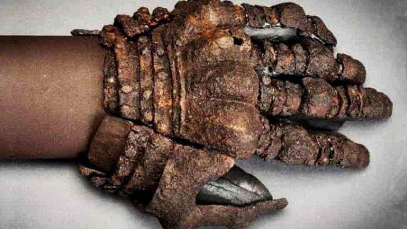 Загадочное захоронение целой семьи которой 2500 лет Самые необычные находки
