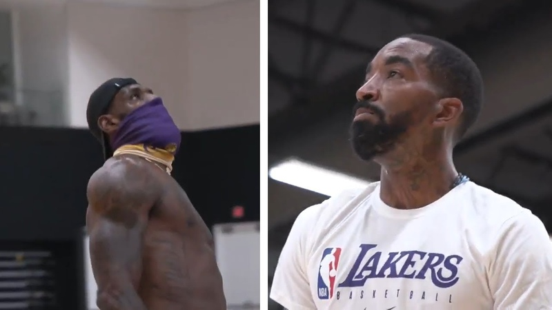 Masked LeBron James FOCUSED AS JR Smith Joins Him For First Lakers Practice!