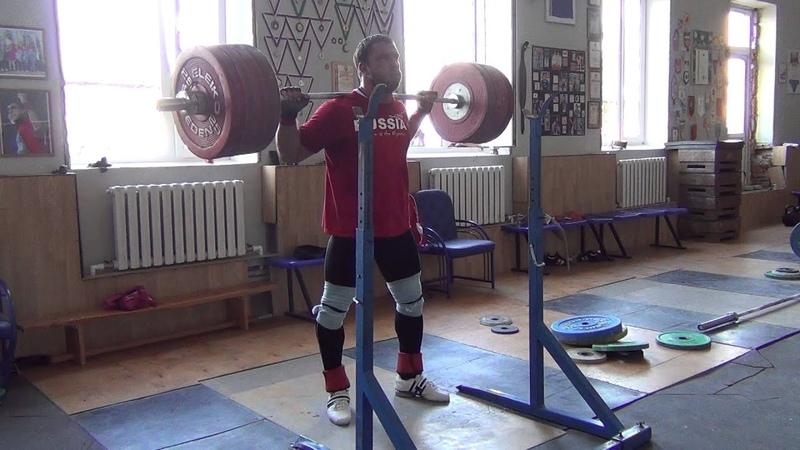 Klokov Dmitry SQUAT 225x5 Training 29 06 2013