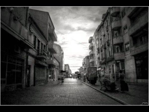 MAXIMUM - БиС - СУБТИТРА - Green Day - Boulevard of Broken Dreams