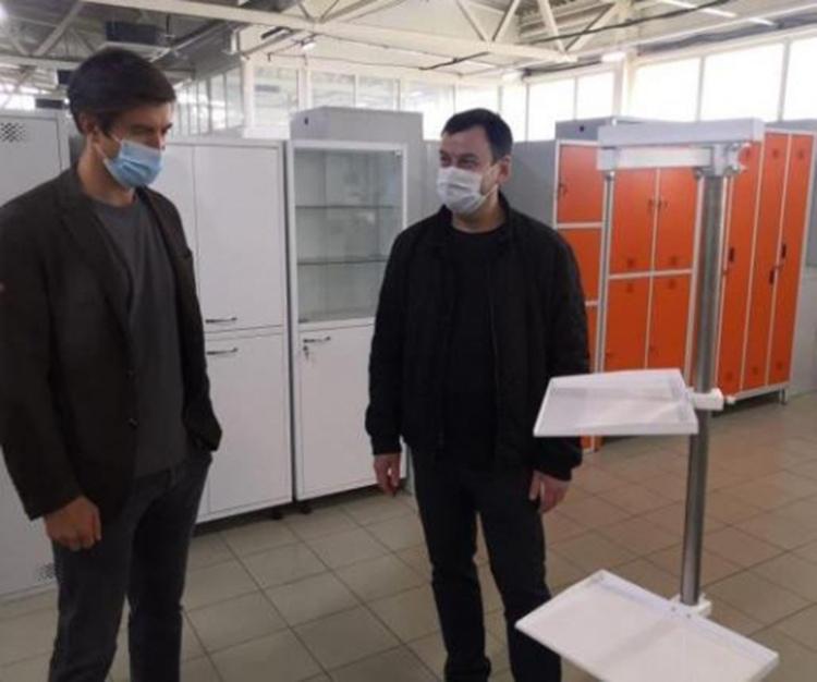 Глава Администрации города Таганрога Андрей Лисицкий с рабочим визитом побывал на предприятии «Лемакс»