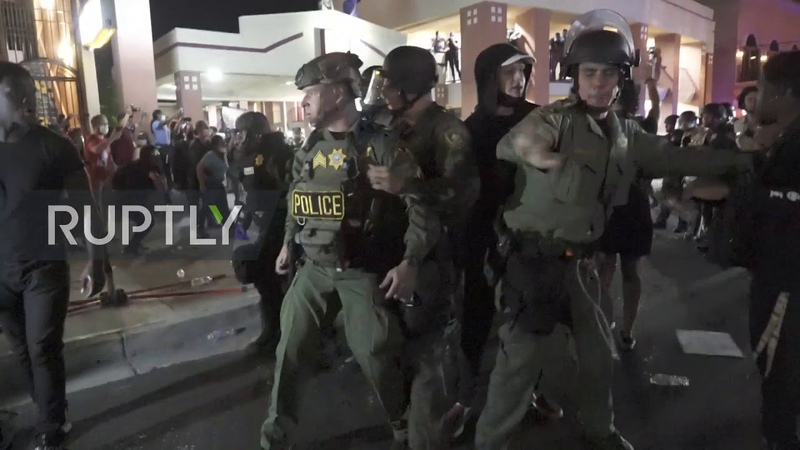 USA Tear gas and several arrests as Las Vegas protests turn aggressive