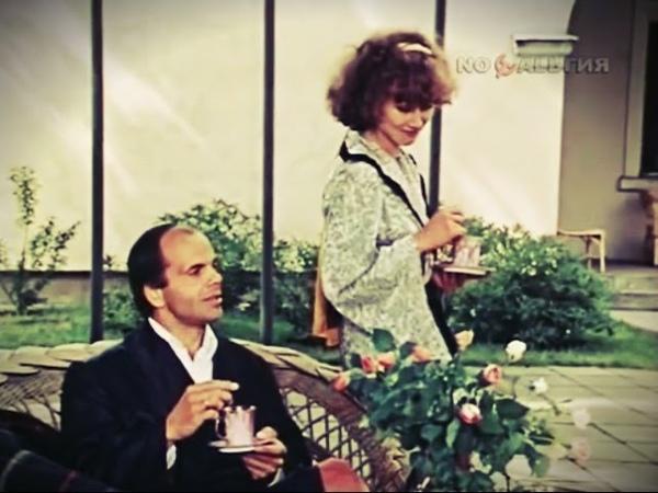Easy to Live в стиле Bee Gees тема из фильма Богач бедняк 1982