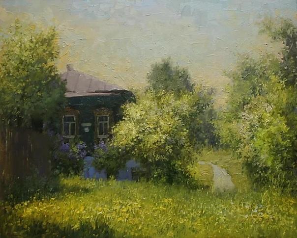 Александр Александрович Прокопенко родился в 1979 году в Москве.
