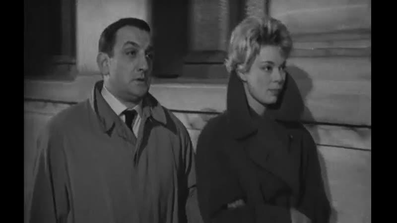Свидетель в городе (Un témoin dans la ville, 1959), режиссер Эдуар Молинаро. Без перевода.