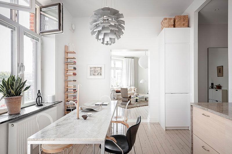 Мягкая цветовая гамма в дизайне светлой скандинавской квартиры (72 кв.