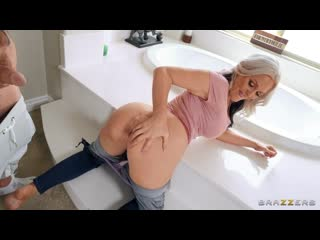 Alena Croft - Anal Stretching In The Shower [Anal, All Sex, Blowjob, Big Tits, MILF]
