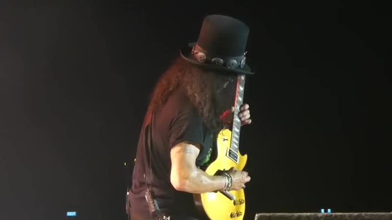 Guns N Roses SLASH GUITAR SOLO SWEET CHILD OF MINE LIVE MANILA PHILIPPINE ARENA