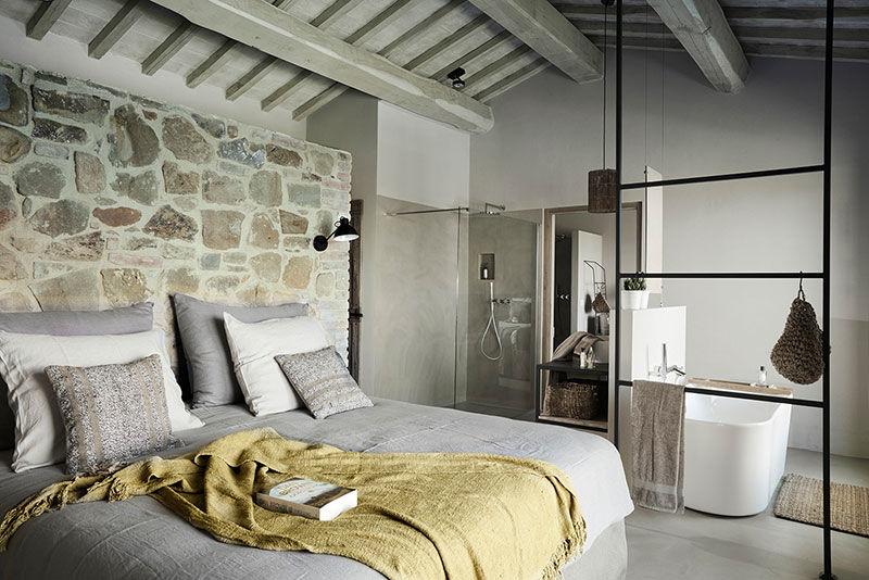 Новая вилла в Перудже, которая выглядит как дом с историей || 01