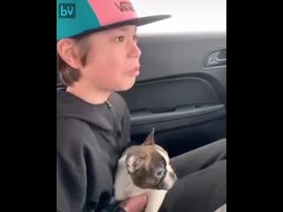 Отец этого мальчика умер от рака, заранее подготовив для сына самый лучший подарок. Это видео разорвёт ваше сердце.