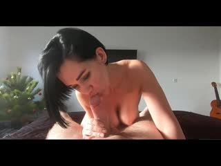 С МАМОЧКОЙ ПОСЛЕ УЧЁБЫ)  Mom Helps her Step Son because he cant Masturbate_Hot Mommy_1080p
