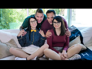 [LIL PRN] Daughter Swap - Alex Coal & Leida Lothario - Cool  1080p Порно, Brunette, Lesbian, Threesome, Daughter
