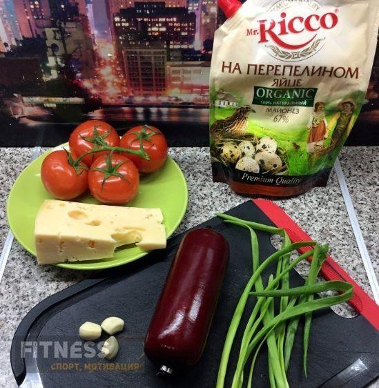 Вкусный и легкий салат, который обязательно стоит попробовать