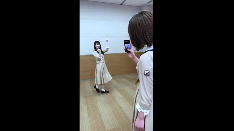 メンバー同士で TikTokを撮影している様子を公開 今日は 伊藤純奈 と 久保史緒里 みなさんもぜひ WOWWOWダンスでコラボしてください TikT