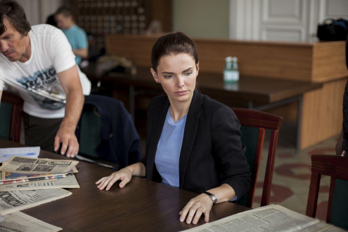 В Санкт-Петербурге стартовали съёмки 12-серийного детектива «Ворона», чьим продюсером выступает Валерий Тодоровский, а главную роль исполняет Елизавета Боярская, сообщает пресс-служба телеканала НТВ.