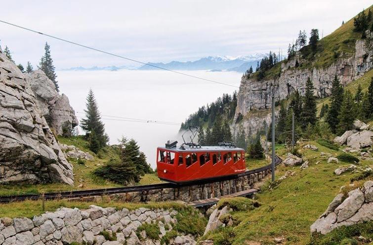 10 необычные видов транспорта, которые можно встретить в реальном путешествии, изображение №15