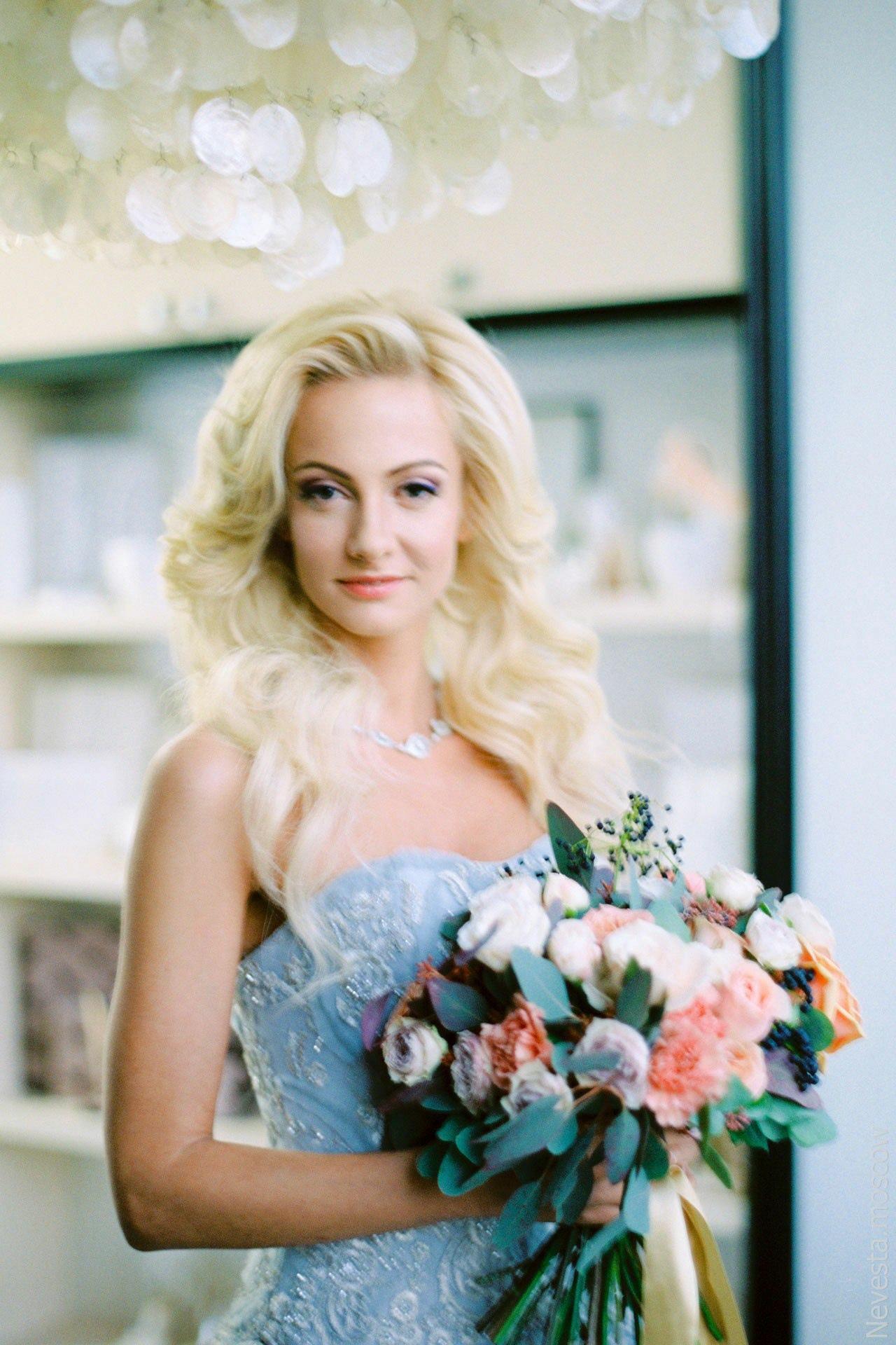 Фото подборка с актрисой Полиной Максимовой.