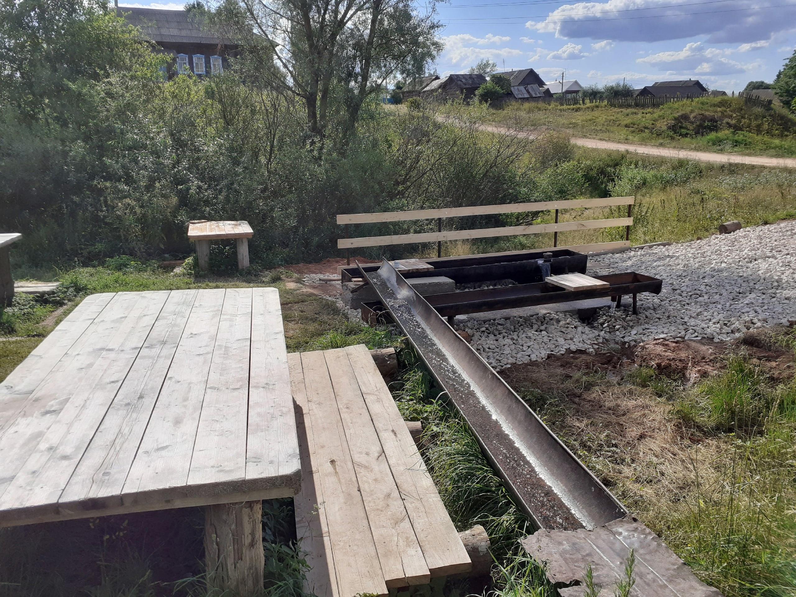 В деревне Новая Бия благоустроили родникЗа лето