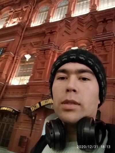 Атхам Жамелов