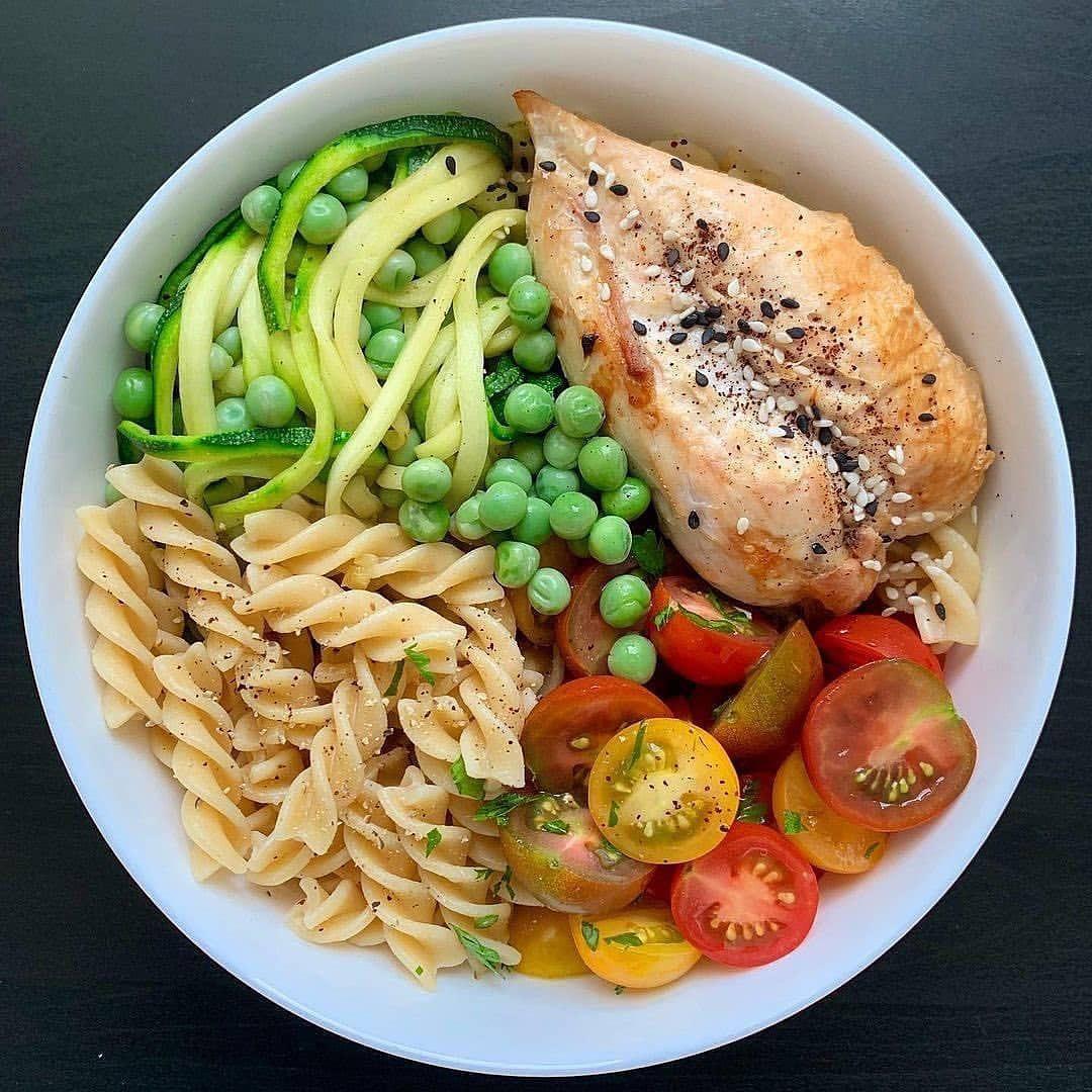 Питаться правильно — просто, поэтому выбирайте себе полезный обед