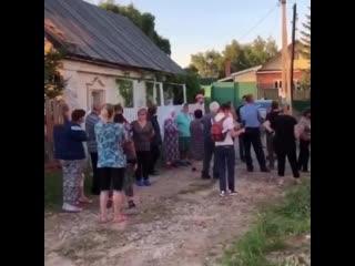 В Казани в посёлке Дербышки жители протестуют против установки вышки 5G