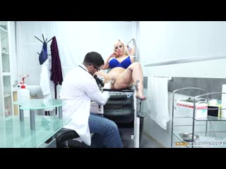 The Fucking Clinic Blondie Fesser