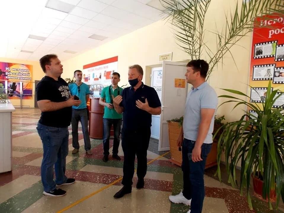 Вчера Петровск посетил Владимир Лешуков - политолог, публицист, краевед, блоггер, телеведущий, кандидат политических наук