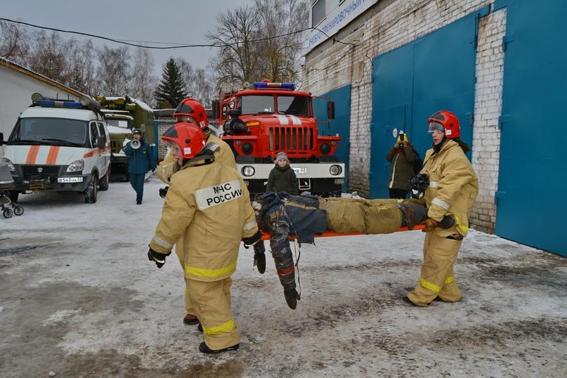 В Коврове прошел день открытых дверей посвященный 116-летнему дню рождения пожарного депо., изображение №14