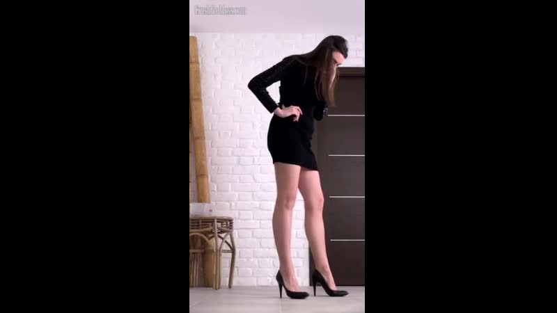 Brutal Lena crushing and grinding on crawdads under her high heels. WOW ! Free Adult Videos