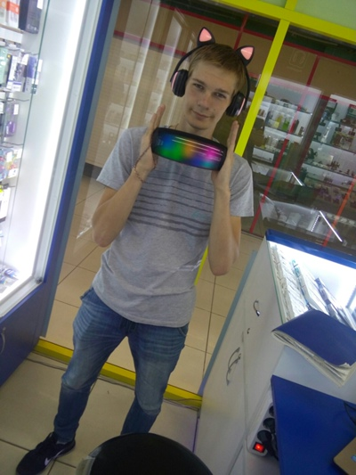 Николай, 21, Lesosibirsk
