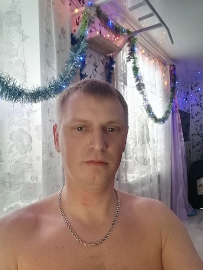 Дмитрий, 32, Lys'va