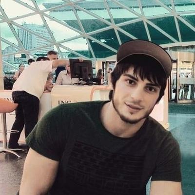 Amir, 23, Zima