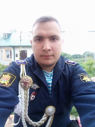 Александр, 25, Livny