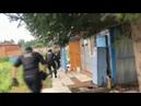 Бойцы спецназа Гром под Ангарском задерживают подозреваемых в изготовлении и продаже наркотиков
