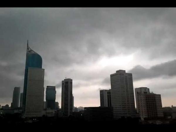 Rain in Jakarta Timelapse taken by Nexus S ICS